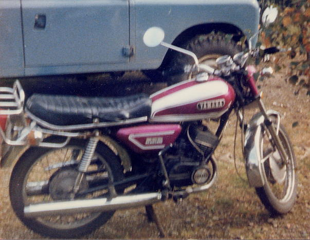 yamaha rd200 the model guide headlamp and panels to create a cs5e look alike i appreciate that it would be reed valved but so was mine when i blew the main bearings on the